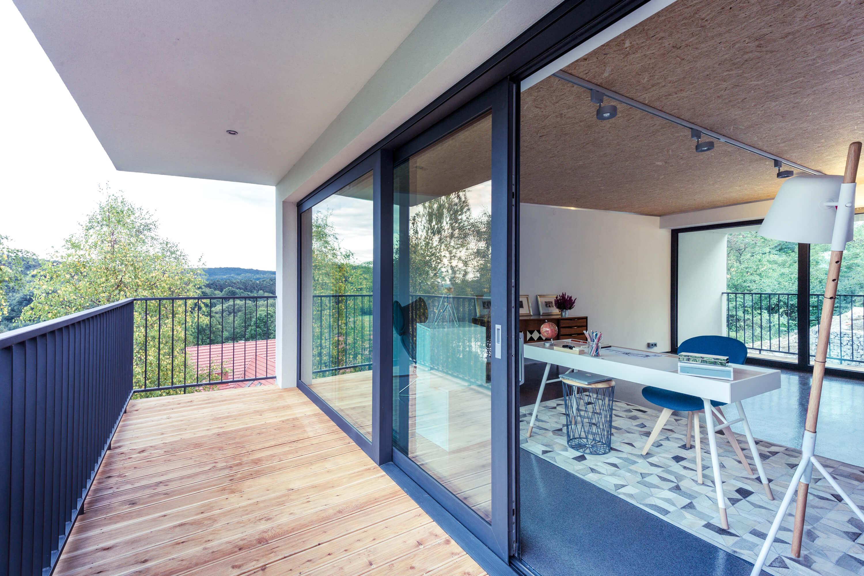 I vantaggi delle grandi vetrate scorrevoli blog oknoplast for Le belle vetrate scorrevoli