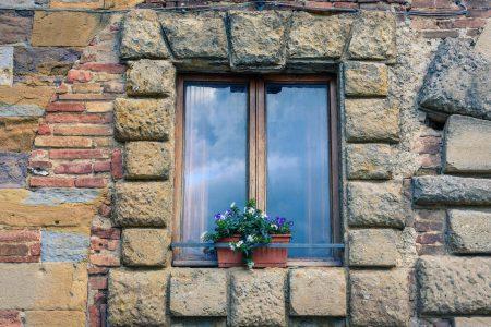 Consigli su come eliminare gli spifferi dalle finestre