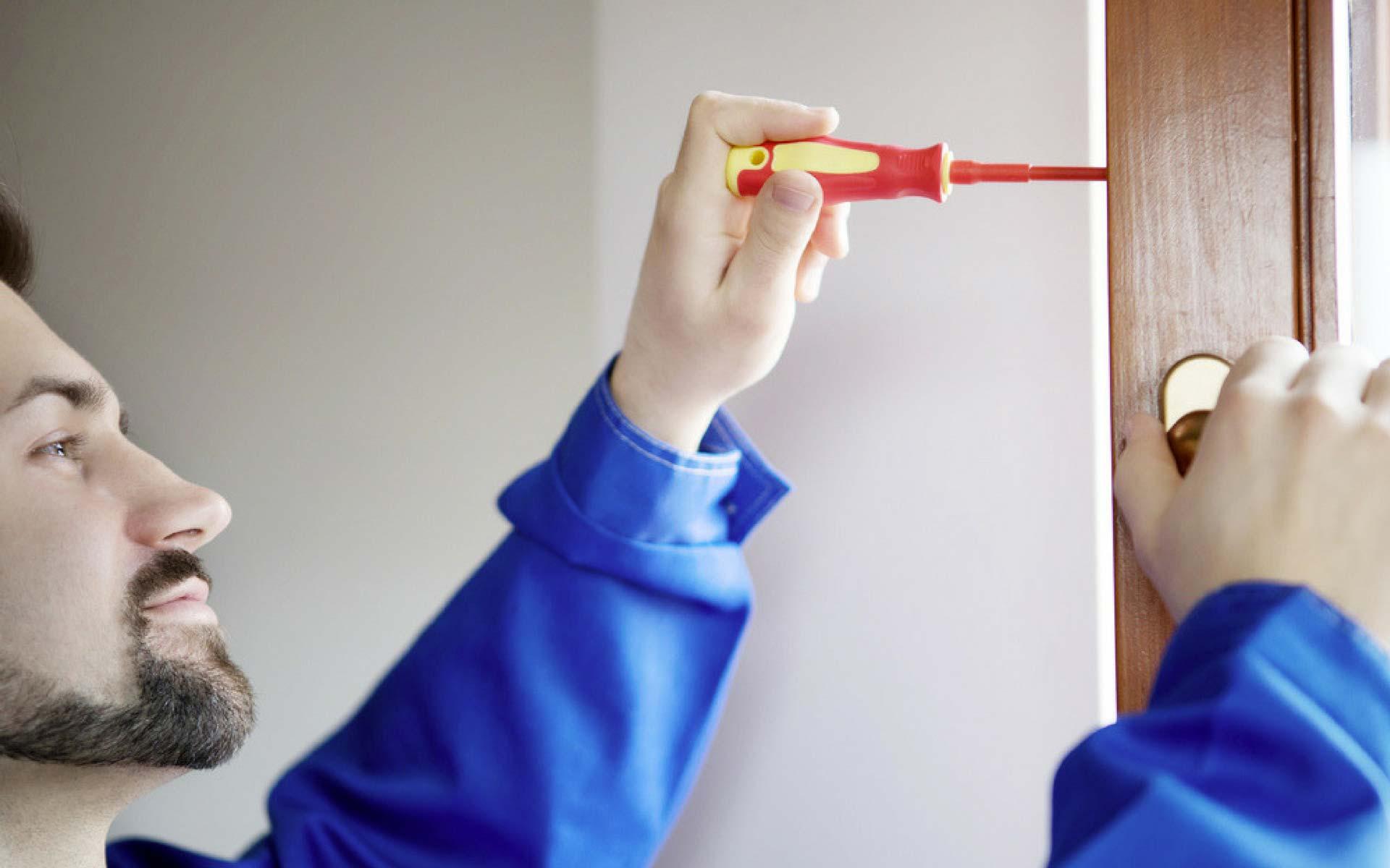 Come regolare la ferramenta di un serramento e la sua importanza
