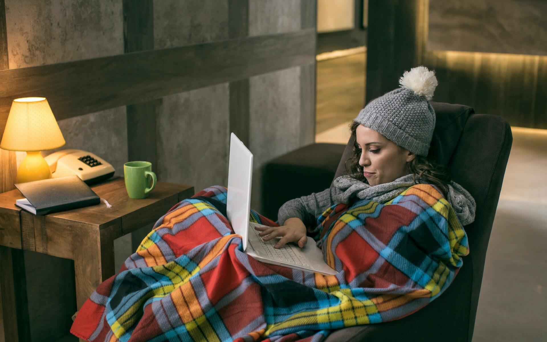 Come ridurre gli spifferi delle finestre per avere un comfort abitativo ideale