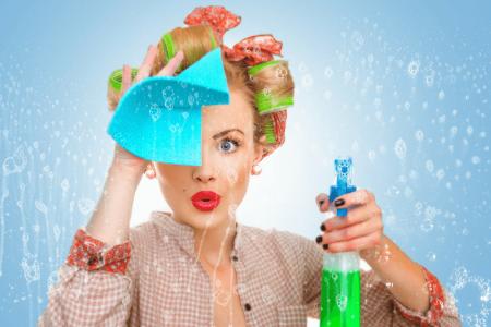 Consigli pratici per pulire i vetri di casa in modo naturale ed efficace