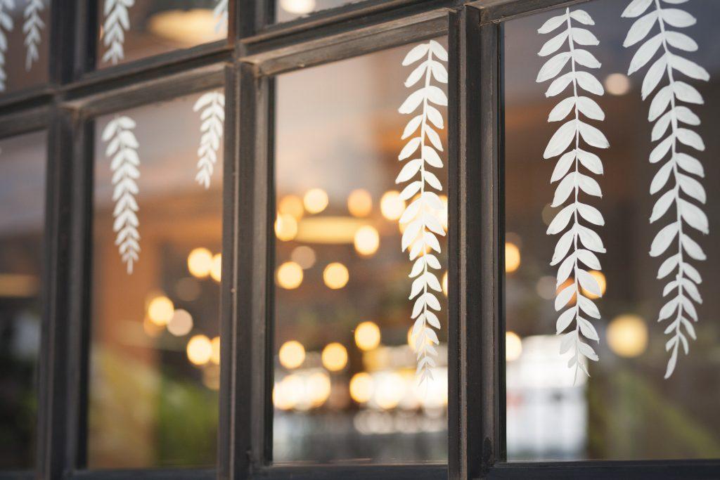 Adesivi vetrofanie finestre