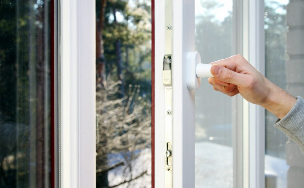 scegliere il vetro e isolare la casa con le finestre in pvc