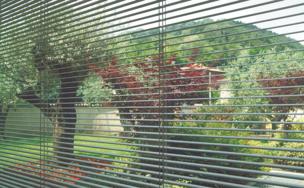 oscuranti per finestre Oknoplast - veneziana interna