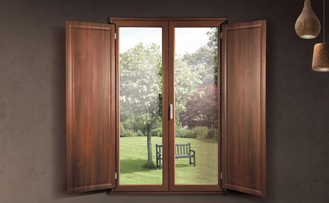 Scegliere scuretti interni per le finestre della casa