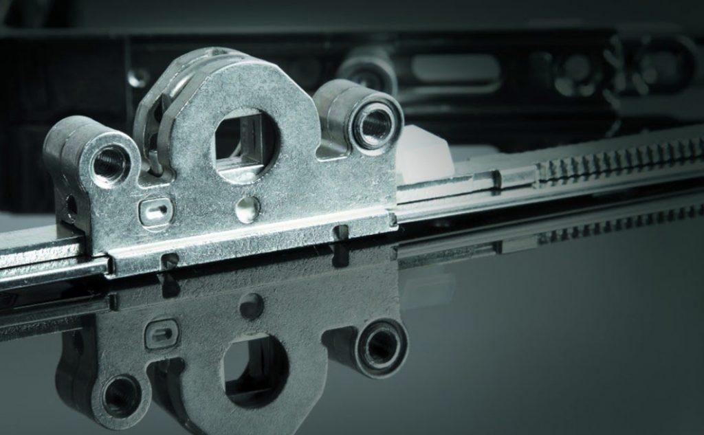 Dettaglio ferramenta Oknoplast