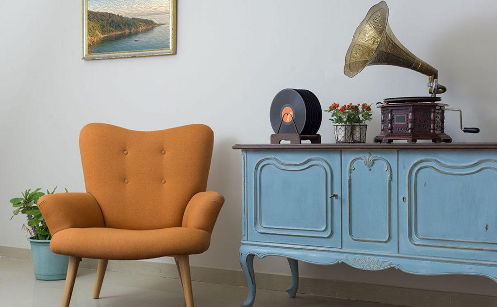 Dettagli vintage a contrasto con elementi moderni nello stile eclettico