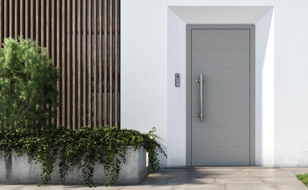 Le soluzioni Tenvis di Oknoplast per la tua porta d'ingresso