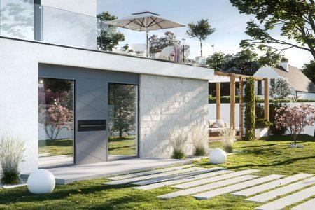 Le soluzioni di Oknoplast per la tua porta esterna in vetro e alluminio