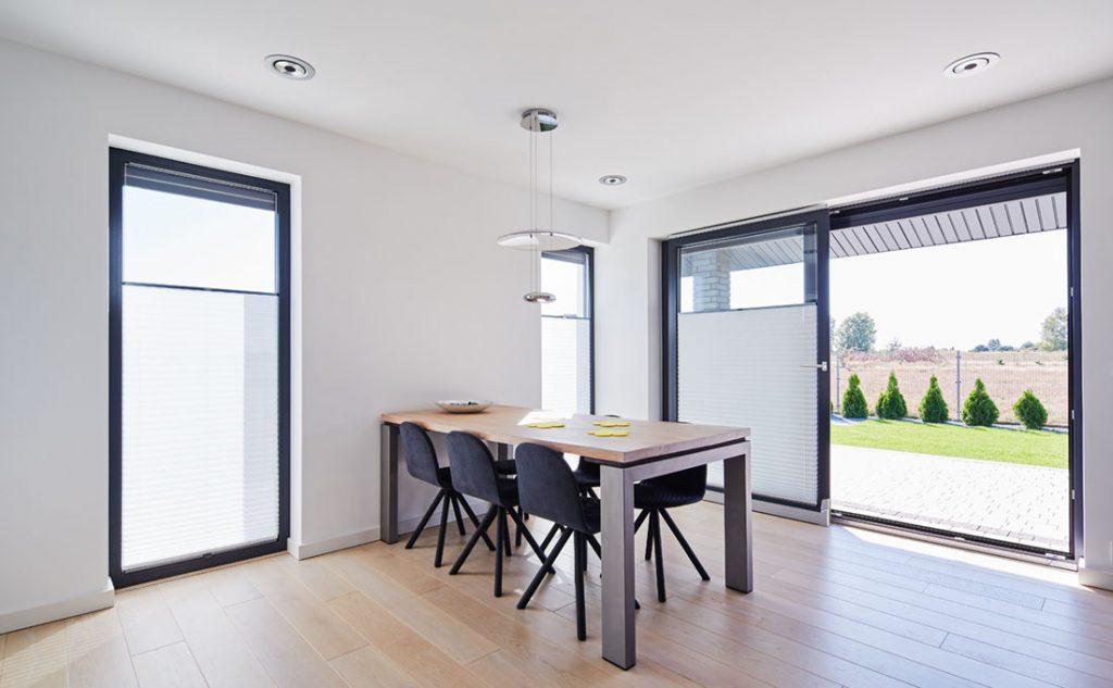 7 accessori per finestre che migliorano la qualità della vita: canaline termiche